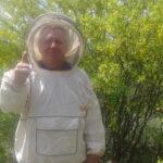 Пчеловод доволен