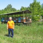 Канунников на пасеке 2014
