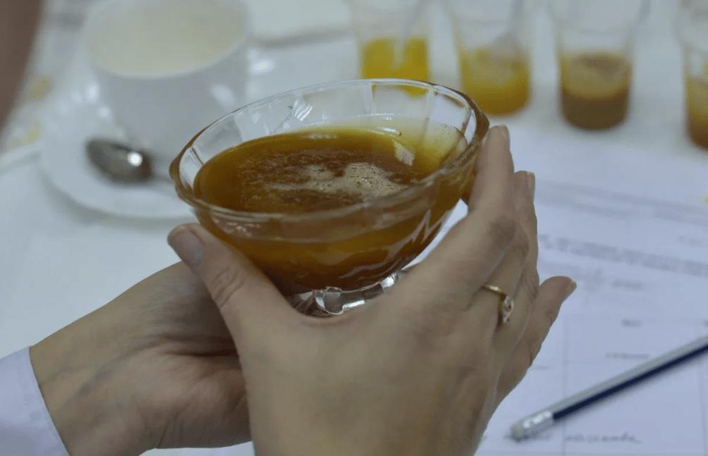 Идентификация подделки меда